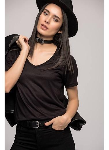 Cottonmood 7050466 V  Yaka Boyfriend T-Shirt Siyah Siyah